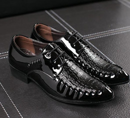 $enCountryForm.capitalKeyWord Canada - Crocodile pattern spring and autumn men's pointed British business casual men's shoes Korean fashion trend shoes men's wedding sh size:39-44