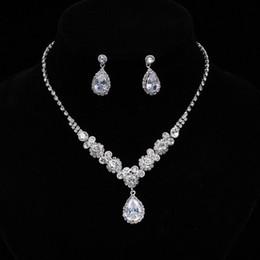 Простой Кристалл свадебные ювелирные наборы серебряный цвет горный хрусталь капли воды серьги ожерелье наборы для женщин свадебные украшения
