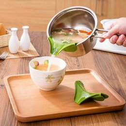 $enCountryForm.capitalKeyWord NZ - New silicone liquid funnel pots and pans round rim deflector Anti-spill drain kitchen utensils cooking tool