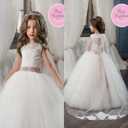 Robes Blanches À Manches Longues Pas Cher-Pure White Princess Flower Girl Robes 2017 Jewel Neck Cap Sleeves Beaded Long Kids Formal Wears Gowns Girls Pageant Party Birthday Dresses