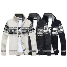 Men S Wool Jackets Canada - Christmas sweater Winter Fashion pullover Snowflake pattern Men 's leisure cardigan Fashion collar Male Thickening Wool jacket