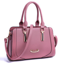 b2826ae13309 2017 new spring and summer new Korean ladies handbag shoulder Messenger bag  Made in China low price sale