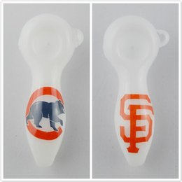 Custom Team Logos Canada - Cubs Smoking Pipe Giant Pipes Baseball Team Logo Glass Tobacco Pipes Custom Logo Heady Spoon Pipes