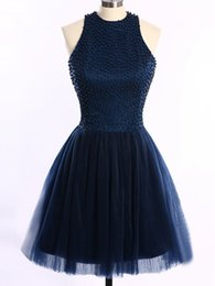 Robes Courtes Et Peu Drapées Pas Cher-Cute Dark Navy Pearls Drapé Tulle Short Homecoming Robes 2017 Cheap Jewel Neck Backless Prom Party Robes