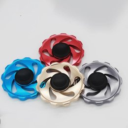 China 2017 Hot Arrival Round Flywheel Aluminum Fidget Spinner Hand Spinner Tri Fidget Fire Hot Wheel EDC For Decompression Finger toys suppliers