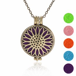 "$enCountryForm.capitalKeyWord Australia - Free DHL Women Jewelry Perfume Locket Openwork Pendant Necklace Essential Oil Aromatherapy Diffuser Necklaces With 23.62"" Chain B397Q F"