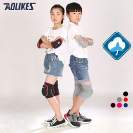 Baby Crawl Pads Canada - Wholesale- AOLIKES 1 Pair Kids Knee Support Baby Crawling Safety Dance Volleyball Knee Pads Sport Gym Kneepads Children Knee Support