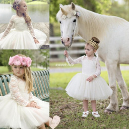 Barato Vestido De Noiva Curto Tutu De Renda-Vintage Lace Country Wedding Party Flower Girls Dresses 2017 Long Sleeve Tutu Skirt Crew Short Little Girls Comunhão Ocasião Vestidos de festa