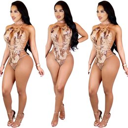 Barato Pescoço Pescoço Sexy-Casaco Sexy Halter Neck Bandage Jumpsuits Khaki Sequin Lace Up Low Cut Breast Exposed Backless Sem mangas Loose Romper