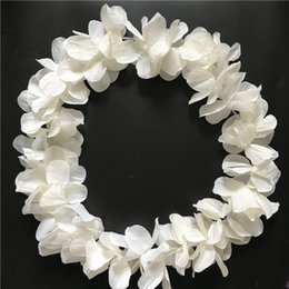 Wholesale Cream Hawaiian Hula Leis Festive Party Garland Necklace Flowers Wreaths Artificial Silk Wisteria Garden Hanging Flowers