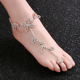 anklet toe chain UK - Fashion Bridal Rhinestone Foot Chain Anklet Toe Silver Charms Leaf Clover Designs Body Jewelry for Beach Wedding Wholesale