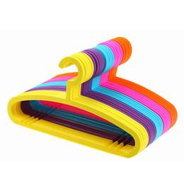 $enCountryForm.capitalKeyWord NZ - No Trace Wet Dry Dual Anti-slip Widproof Adults Plastic Hangers Rainbow Multi-function Racks for Lady Man clothes coat skirt