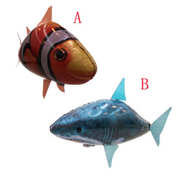 Remote Control Air Flying Shark Canada - NEW Flying Fish Remote Control Toys Air Swimmer Inflatable Plaything Clownfish Big Shark Toy Children Gifts