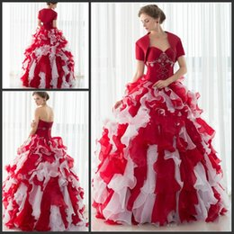 Veste En Perles Rouges Pas Cher-Robe de mariée rouge Sweetheart Lace-up Sweep Train Organza Robes Quinceanera Robe perlée 2017 Robe avec veste