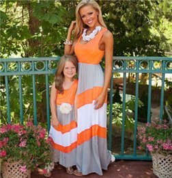 Barato Trajes Boêmios-2017 Summer Mother Daughter Clothes Striped Matching Mom and Daughter Dresses Family Matching Outfits Bohemian Style Family Clothing