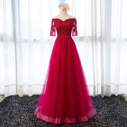Barato Vestidos De Noite Vermelhos Bordados-Gorgeous Bateau Neck Bordado Lace A Line Pageant Prom Dress Evening Graduation Vestido Sexy Formal Party Tulle Red Carpet Dress 2017