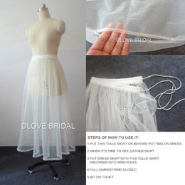 Barato Novos Projetos De Banheiro-New Design Vestido de casamento nupcial Petticoat One Layer Soft Tulle Skirt Underskirt Save You From Toilet Water Reúnem cintura elástica Foto real