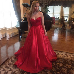 Barato Vestido De Formatura Sem Mangas-Fabuloso Sexy Red Prom Dress Sweetheart sem mangas Beaded Lace Top Prom Dresses Longo Formal Evening Party Vestidos com trem Custom Made Cheap