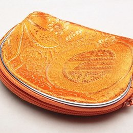 $enCountryForm.capitalKeyWord Canada - Good price Wholesale free shipping Chinese stype silk female coin purse Single-sided embroidered messenger hand-made Makeup bag