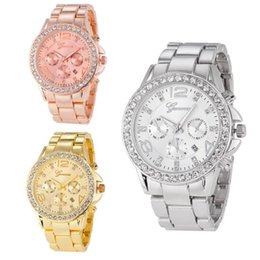 Chinese  lovers Rose Gold Watch Women Luxury Brand Hot Geneva Ladies Wristwatches Gifts For Girl Full Stainless Steel Rhinestone Quartz Watch manufacturers