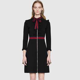 Piste Robe 2017 Noir Manches Longues Arc Col Femmes Robe Marque Même Style Robes Rayées Femmes N017 en Solde