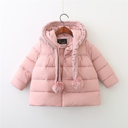 Barato Roupas De Inverno Do Bebê Para Baixo Casacos-Kids Girl Down Coats Parkas Baby Girls Knit Thicken Warm Hooded Jackets 2017 Winter Infant Crochet Hats Coat Outwear Children Clothing B972