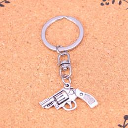 $enCountryForm.capitalKeyWord Canada - New Arrival Novelty Souvenir Metal pistol revolver gun Key Chains Creative Gifts Apple Keychain Key Ring Trinket Car Key Ring