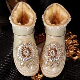 $enCountryForm.capitalKeyWord Canada - Vintage Rhinestone Bling Bling Bridal Shoes Wedding Shoe For Women Lace Ankle Length Boots Winter Warm Wear