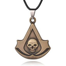 ребенок Assassin Creed ожерелье логотип знак знак двойной двухсторонний плоскогубцы грушевидной формы стрелка письмо V кулон череп скелет ожерелье x394