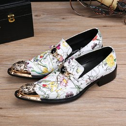 Fashion Trends Hair Canada - The trend of leisure hairdressers trend fashion hair stylist personality Europe and the United States low to help leather shoes men's shoes