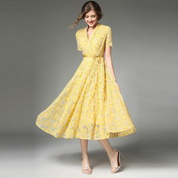 Robes Décontractées Pour Dames Jaune Pas Cher-Women Summer Casual A-Line Robe à manches longues Robes en dentelle Vintage Yellow V Neck Printing Fashion Ladies Party Vestidos 2017