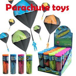 $enCountryForm.capitalKeyWord Canada - Parachute toys Hand throwing parachute+Plastic action figure dolls 4colors parachutist kids toys Outdoor games super sports Display box