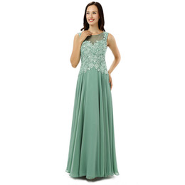 silk mother bride dresses UK - 2017 New Customized Elegant Women Green Chiffon Mother of the Bride Dresses Party Mother Dresses Lace Back Illusion Moeder Van De Bruid