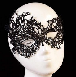 Robes De Mariée En Lacet Noir Creux Pas Cher-200pcs / lot, Sexy Phoenix Swan Black White Eye Lace Masquerade Masque facial creux Fancy Dress Nightclub Masque de mariage