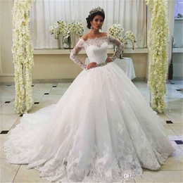 custom ball gown queens UK - Vintage Queen Girl Princess Lace Wedding Dress Off Shoulders Long Sleeves Arabic Bridal Gown Plus Size Custom