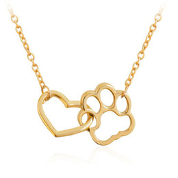 $enCountryForm.capitalKeyWord NZ - Hot Selling Fashion Love Heart With Cat Pawprint Pendant Necklace Simple Chain Necklaces For Charm Women Girls Gift EFN018-A