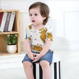 Barato Imprimir Crianças Tee-T-shirt de meninos New Cartoon Printed Short Sleeve Toddler Tops Summer Unicorn Girls Tee Shirt Moda Kids Shirts C1487
