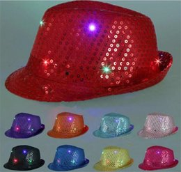 Robes Lumineuses Pas Cher-100pcs LED chapeaux de jazz clignotant LED Led Fedora Trilby Sequins Casquettes Fancy Dress Dance Party Hats Hip Hop Lampe Luminous Hat G095
