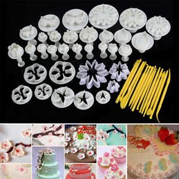 Sugar Flowers Cutter Canada - 2017 new 10sets Flower Leaf Shapes 47pcs Sugar craft Plungers Cutters rolling pin Cake Decorating Tools cookies molds