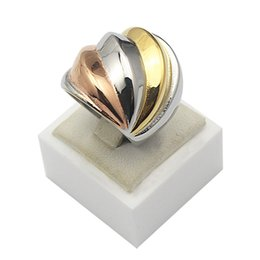 unique silver jewelry Canada - Stainless Steel 3 Color Rings Women Jewelry Golden Silver Rose Golden Unique Rings Women Size 6 7 8 9
