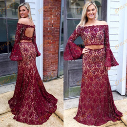 Barato Imagens De Dance Dress-Borgonha 2 Pieces Prom Dresses 2017 com Long Bell Sleeves e Keyhole Back Real Picture Cristais Lace Ring Dance Dress Off the Shoulder