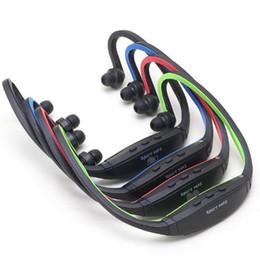 Reproductor portátil de música inalámbrica mp3 en la oreja los auriculares del auricular manos libres cuello MP3 reproductor de tarjeta de soporte SD TF tarjeta de radio FM USZ067