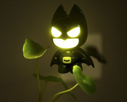 batman lighting 2019 - 50pcs USB Portable Laptop LED Superhero cool Batman Night Light Lamp Emergency Table PC Computer Notebook Desktop 0001 c