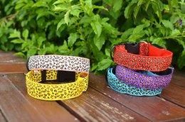 $enCountryForm.capitalKeyWord NZ - Flashing In Dark Safety LED Dog Collar Fashion Leopard Nylon Lighting LED Pet Collar 2.5cm Wide Luminous Pet Products 2PC 100PC