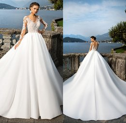 Wholesale Beach Sheer Long Sleeve Wedding Gowns Jewel Neck Buttons Back Lace Appliques Satin Ball Gown Bridal Gowns Wedding Dress
