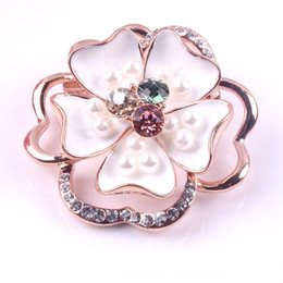 Wholesale New Fashion Ladies Girls Pin brooch Jewelry Pave Clear Crystal Clour Rhinestone Outline Pearl Flower Brooch Rose Pin Golden Plated