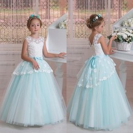Barato Vestidos De Princesa Azul Menina Criança-Modern Tulle Lace Flower Girl Dresses 2017 Princess A Line Toddler Girl Vestidos de desfile Lace-up Back Appliqued with Sash