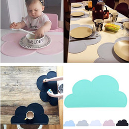 baby silicone placemat Canada - Silicone Cloud Shape Mat Heat Resistent Insulation Kitchen Placemat Cute Baby Kids Placemat Pad Dining Table Mats Coaster Kitchen Accessorie