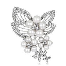 Imitation Pearls Wholesale NZ - Online Wholesale Rhodium Plated Women Pin Brooches Imitation Pearl Brooches 55*76mm FBR074