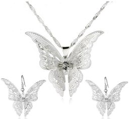 $enCountryForm.capitalKeyWord UK - 925 Silver Plated Hollow Out Pointed Butterfly Jewelry Sets Multilayer Butterfly Pendant Necklaces Earrings Ladies Fashion Jewelry